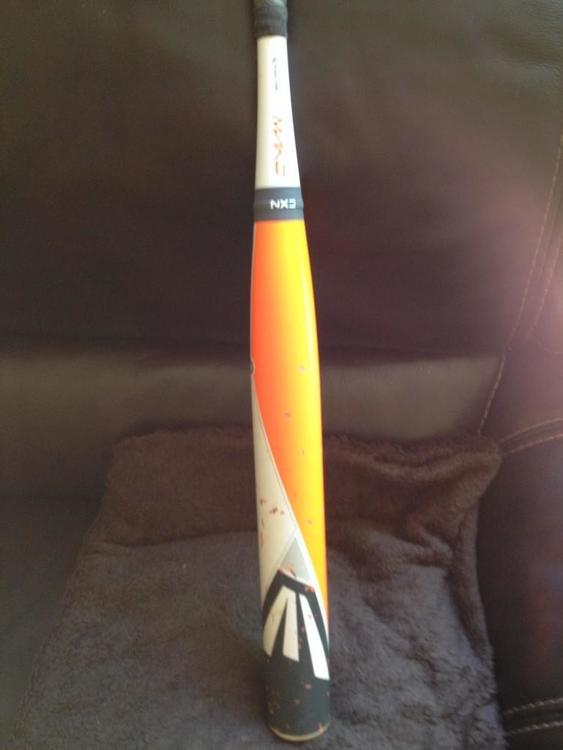 Easton Mako Softball bat