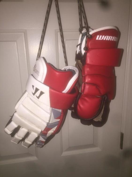 Red Warrior Lockdown Goalie Gloves (Slightly Used)
