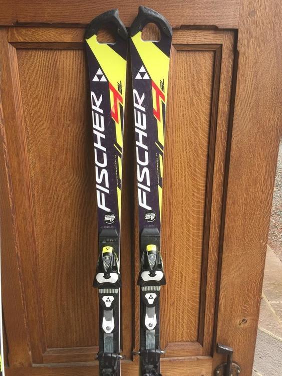 Fischer Slalom skis
