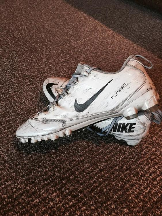 aead9878485fc Nike All White Vapor Carbon Fly 2 TD Size 12. Price is up for discussion.