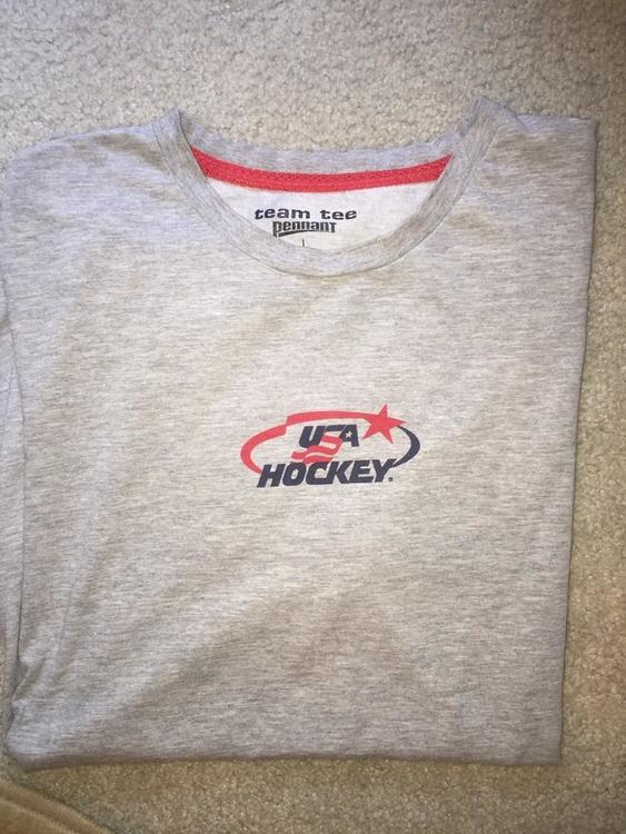 USA NTDP Team Issued T Shirt Large
