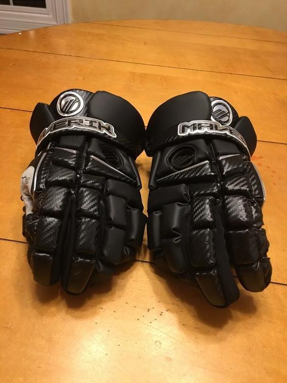 Brand new maverick m3 gloves