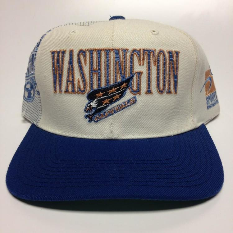 54a83f7dce7 ... retro classic 59fifty cap bd099 6859d official store vintage washington  capitals snapback hat sold caf0b 24c40 ...