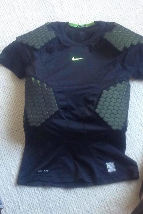 bf11e796 BN XL Nike Pro Combat Compression HyperStrong Padded Shirt | SOLD | Football  Equipment | SidelineSwap