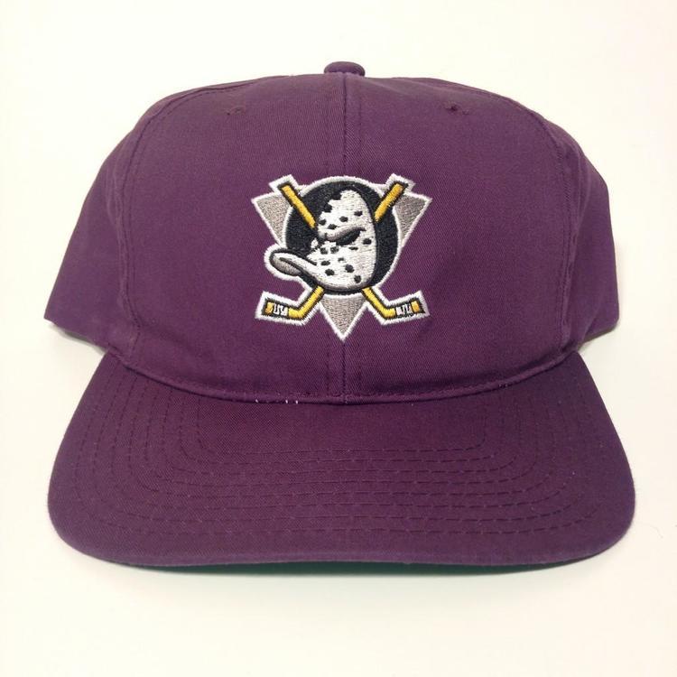 ... italy vintage anaheim mighty ducks snapback hat sold e1e59 57cd6 f4ea07950efa