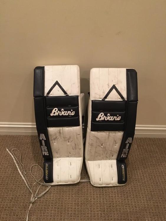Brian S G Netik 5 0 Vintage 33 1 Leg Pads Sold Hockey Goalie