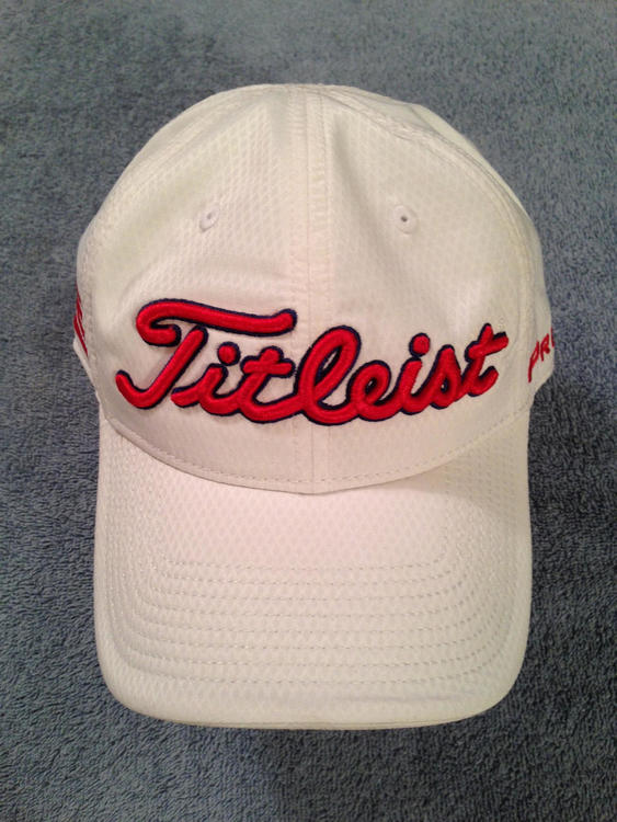 7a612b8a0 TITLEIST Limited Edition 'Country Flag' Cap, United States Flag ++ BRAND  NEW – NEVER WORN ++