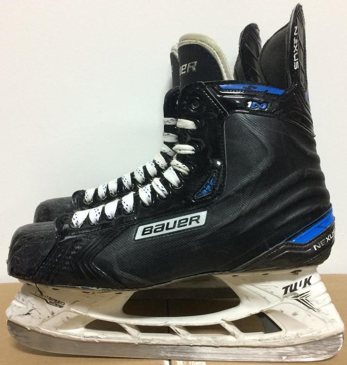 5e0a94b9500 Bauer Nexus 1N V-Cut Mens Pro Stock Hockey Skates Size 11 D 5682