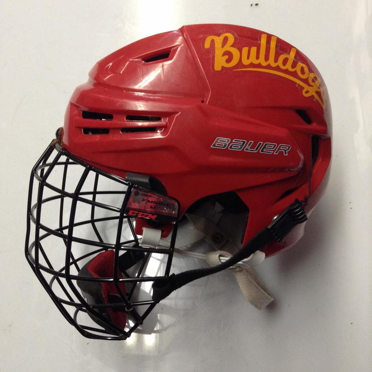 Bauer Re Akt Pro Stock Helmet Red Medium Ferris State Bulldogs Ncaa