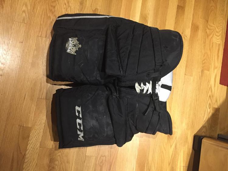 79cb0f7b613 NHL LA KINGS CCM PRO STOCK GOALIE PANTS
