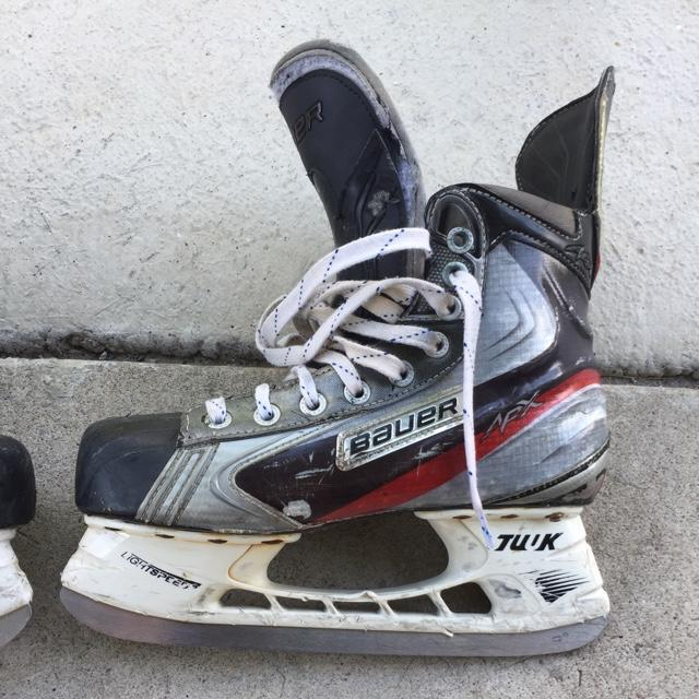 Used Hockey Skates >> Bauer Apx 6 5d Used Sold Hockey Skates Sidelineswap