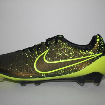 57ab9dc31974 Men s Nike Magista Opus FG Size 11 Soccer Cleats Dark Citron Volt Black