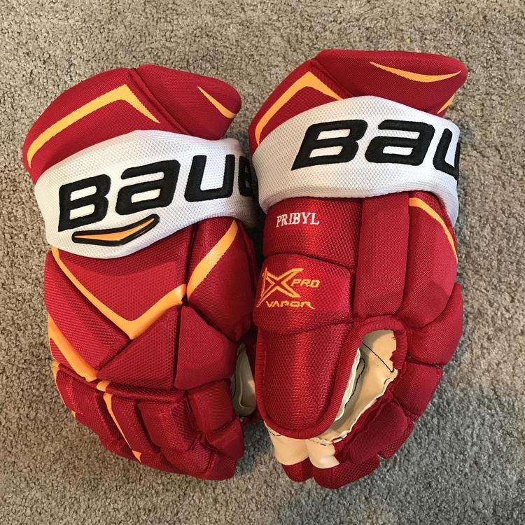 82a172e4c3d Brand New Daniel Pribyl Calgary Flames Retro 1X 14