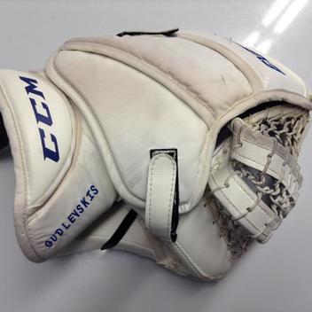 CCM Extreme Flex 3 Glove GUDLEVSKIS Syracuse Crunch Pro stock AHL