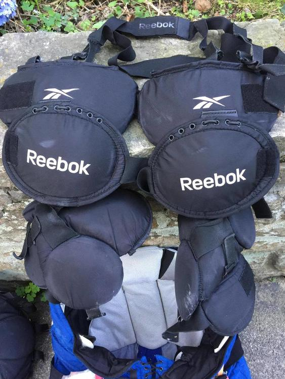 Reebok Pro Stock Knee Pads Sold Hockey Goalie Sidelineswap