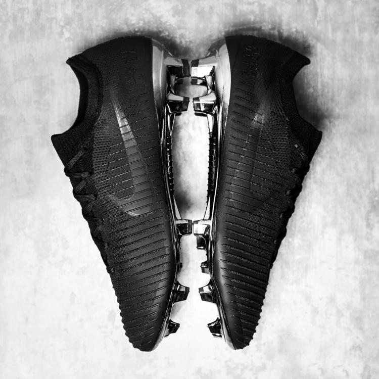 separation shoes 55835 81112 Nike Mercurial Vapor Flyknit Ultra