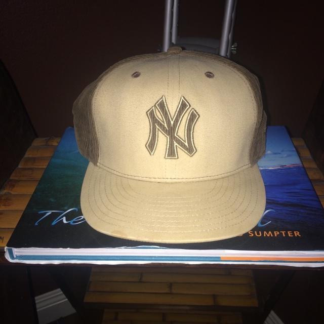 New York Yankees VINTAGE corduroy Tan Brown Baseball Hat - EXPIRED c65f459711f