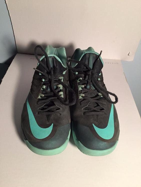 9959fc575686 Nike Zoom Run the One Seaweed Green Basketball Shoes. Related Items