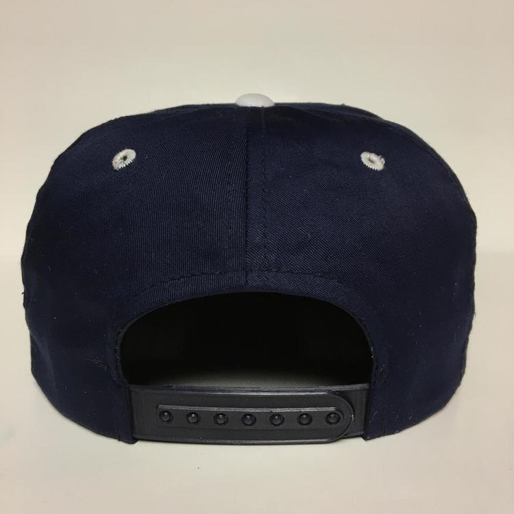5522845c3de Vintage Uconn Huskies Snapback hat University of Connecticut