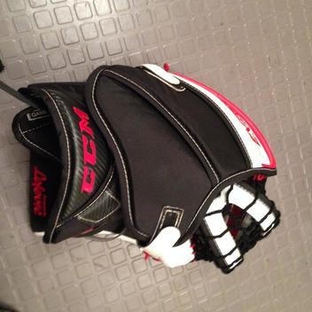 CCM QMJHL Pro Return Eflex 3 Glove Blocker | SOLD | Hockey Goalie