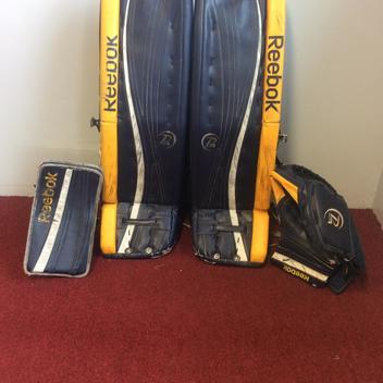 0a35d703932 fanellihockey s Locker