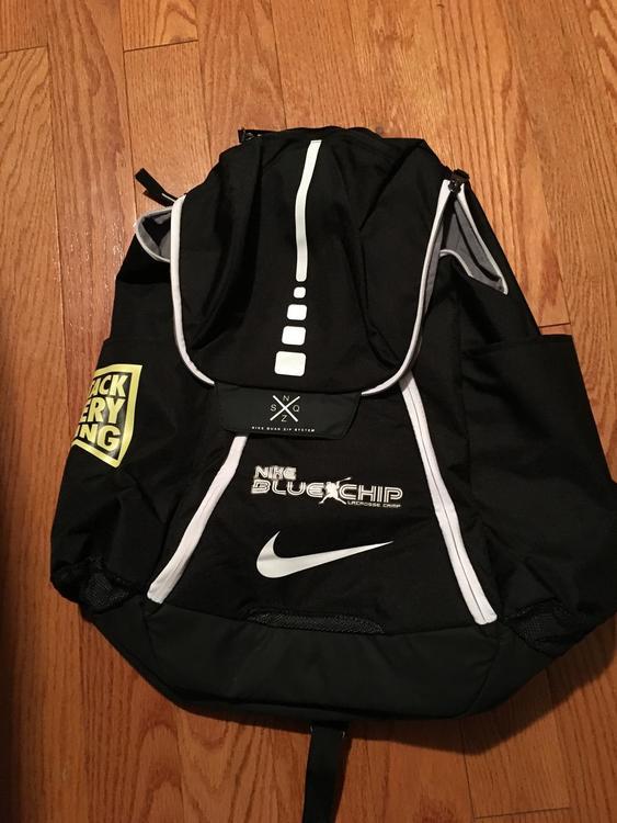 74d309aacad2 BN Nike Blue Chip Nike Elite Backpack