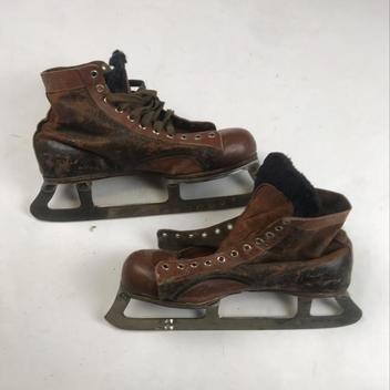 77058ded9 CCM Vintage Antique Leather Skates