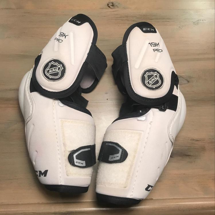 Ccm 19k Pro Stock Sold Hockey Elbow Pads Sidelineswap