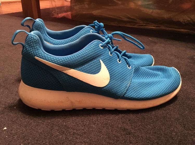 """MAKE AN OFFER   Nike Roshe Run """"Blue Hero"""" - EXPIRED 0bed2594d"""
