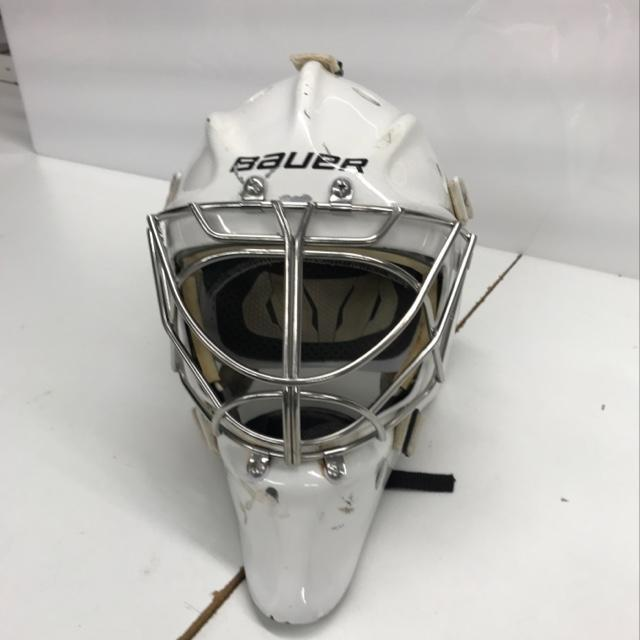 5d6951da38e Bauer Profile 960 XPM Hockey Goalie Helmet Senior M L White Used