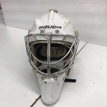 643d44f8ced Bauer Profile 960 XPM Hockey Goalie Helmet Senior M L White Used
