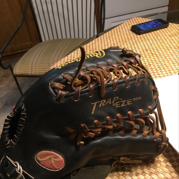 free shipping 92de2 2e624 Rawlings's Heart Of The Hide Ken Griffey JR Model