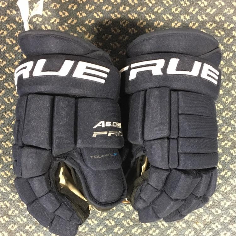 4091540863890 New True A6.0 Pro ZPalm Senior | Hockey Gloves | SidelineSwap