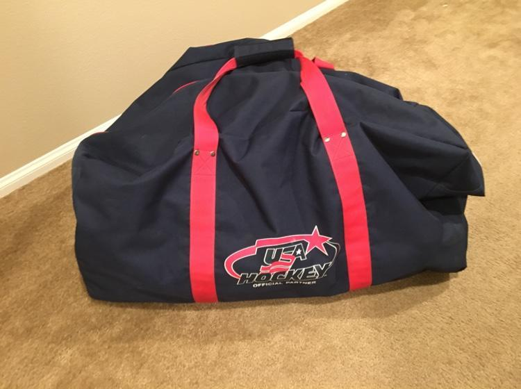 a93e0681bd5f USA Hockey Bag