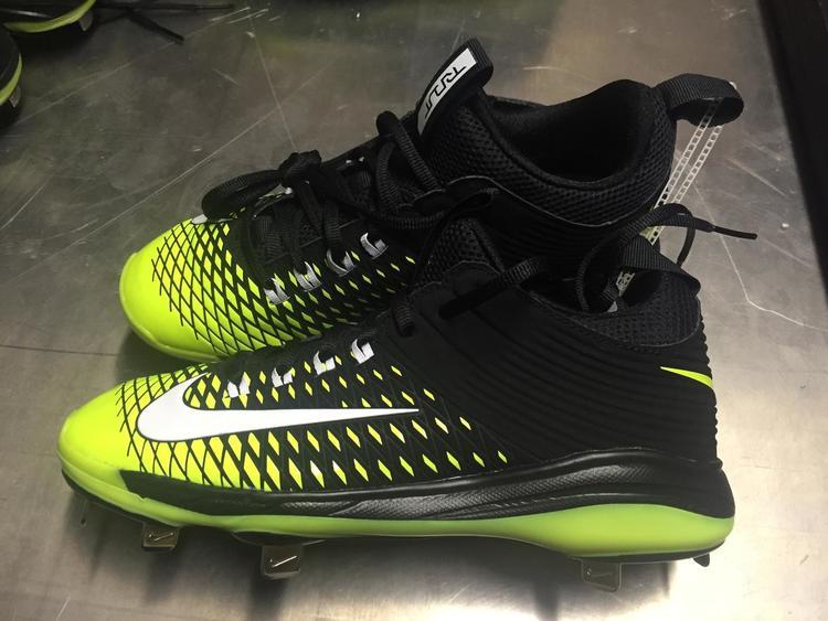 5beb65868bcb Nike Lunar Mike Trout 2 Baseball Cleats size 8