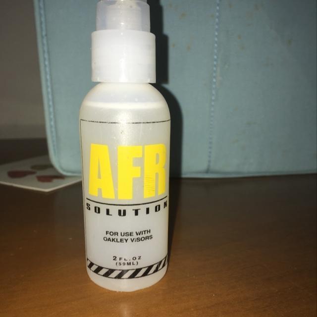 oakley spray