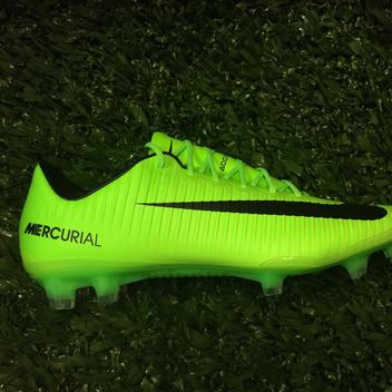 pretty nice 6fb69 3fa73 Soccer Equipment   Gear   Buy and Sell on SidelineSwap