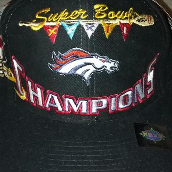 66476e307  New  DENVER BRONCOS SUPERBOWL XXXII CHAMPS OFFICIAL NFL LOCKER ROOM HAT -  EXPIRED