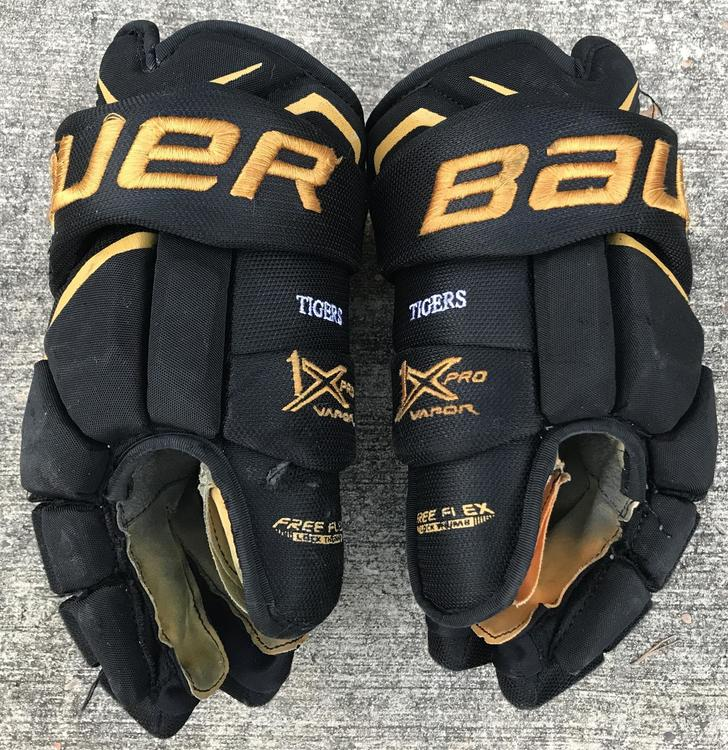 "Nike Hockey Gloves: Bauer Vapor 1X Pro Stock 14"" / Reebok Edge Shin Pad Socks"