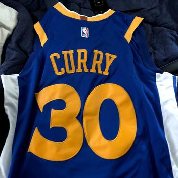 9794aeadbec BNWT 2018 Steph Curry Golden State Warriors Jersey