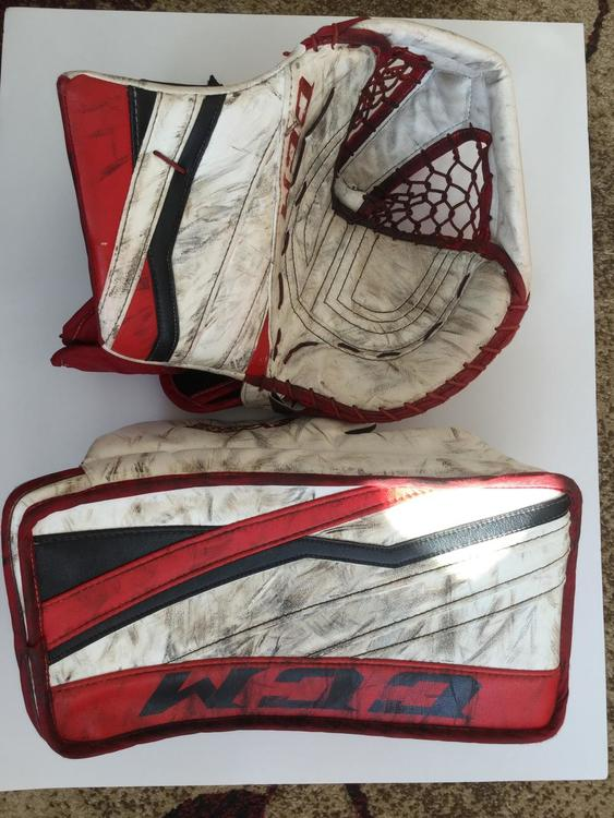 Canadian Made WHL Pro Return CCM EFlex 3 Goalie Glove & Blocker Set - 590