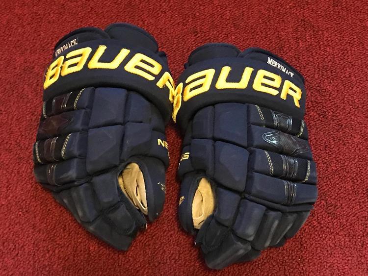 552b16cad95 Merrimack college Bauer Nexus 1n gloves pro stock return Item MKG3