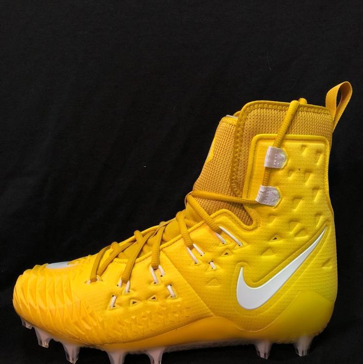 b07a31173 Nike Force Savage Elite TD | Football Cleats | SidelineSwap