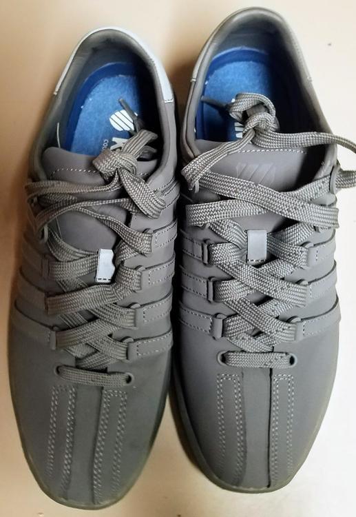 Reebok K-Swiss Men's tennis shoe, size