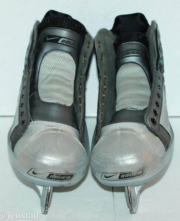 Nike Hockey Gloves: Bauer NIKE VAPOR XIV SR 7 D GOALIE MEN'S ADULT SENIOR GOAL