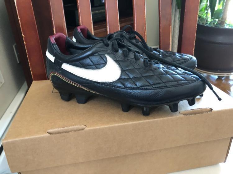 7b97b86d3e7 Nike Ronaldinho Soccer Cleats Size 6.5