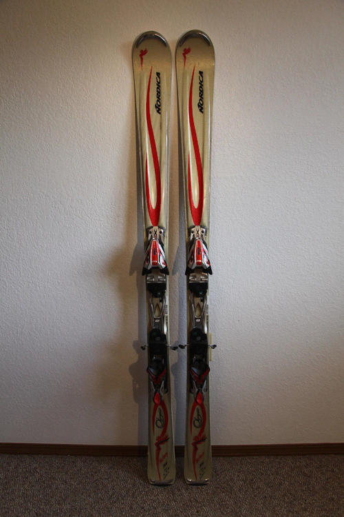 Nordica olympia victory cm downhill carving salomon