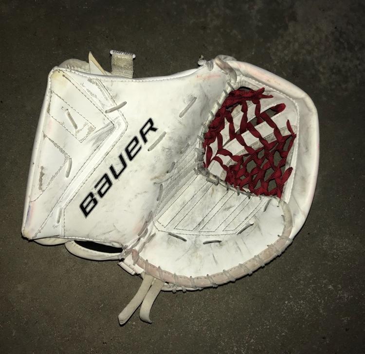 Bauer Supreme One 9 Goalie Catch Glove Intermediate