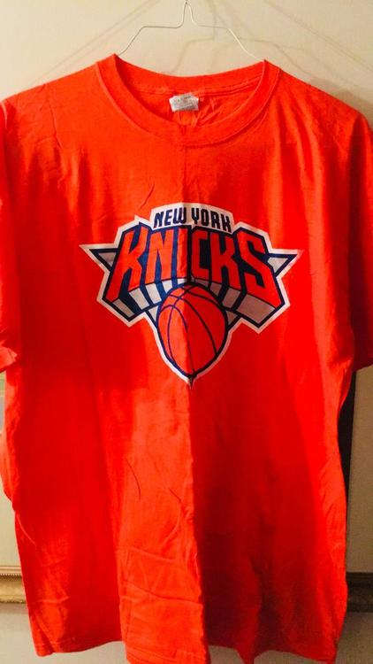 82cb7d34cdd Nike New York Knicks T-Shirt | Basketball Apparel & Jerseys ...