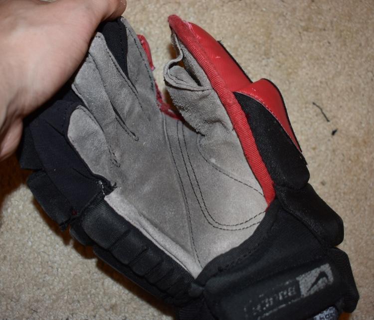 Nike Hockey Gloves: Hockey Gloves